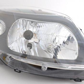Фара Renault Sandero StepWay (черная маска), правая Cartronic CTR0108717  260104793R  8200526422
