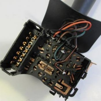 Переключатель подрулевой (света) ВАЗ Лада Ларгус Cartronic CTR0119193 Ref.6001551361
