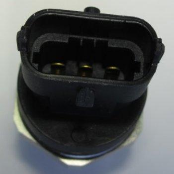 Датчик давления топлива Cartronic CTR0121632 Ref.0281002930/504333094/55223142