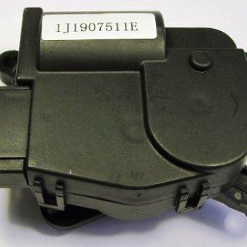 Моторедуктор заслонки отопителя Cartronic CTR0122105 Ref.1J1907511E
