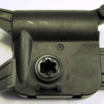 Моторедуктор заслонки отопителя Cartronic CTR0122115 Ref.1K0907511J