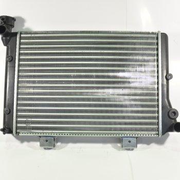 Радиатор охлаждения ВАЗ 2103-06, Cartronic CTR0115357 (Ref.2106-1301012/ ЛР2106.1301012)